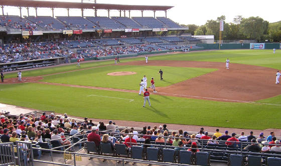 Out at first - Syracuse Chiefs